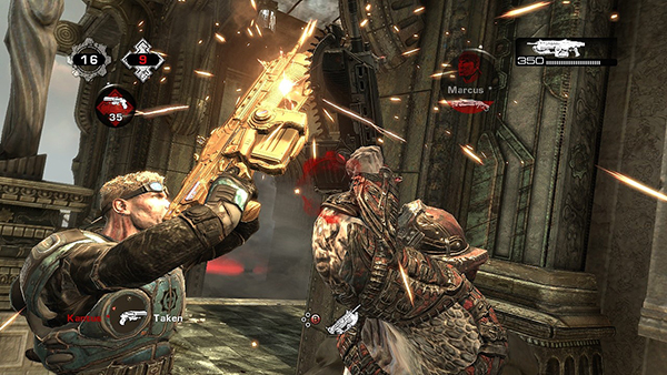 gears-of-war-2-screenshot-baird-chainsaw-duel-xbox-360